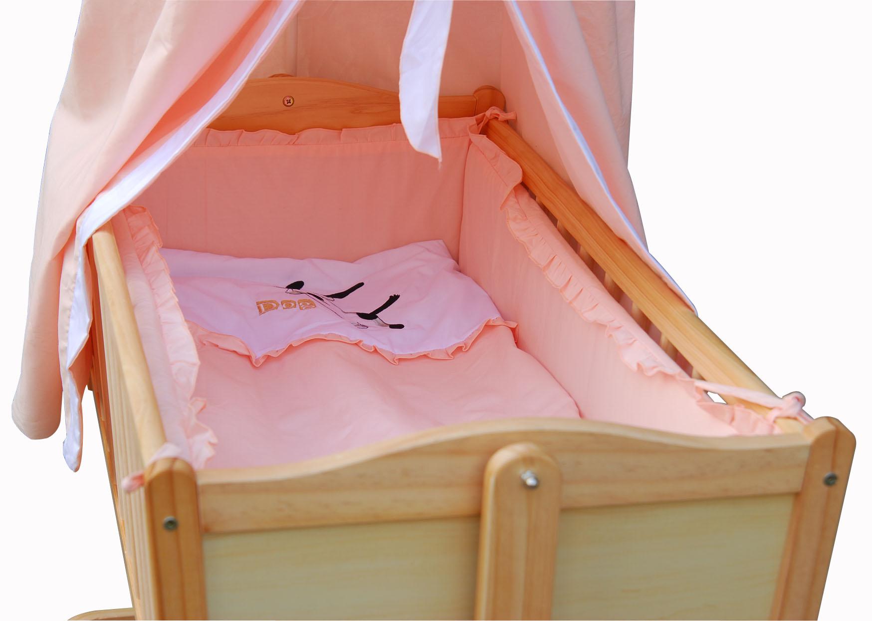 Berceau en bois avec voile pour mettre bébé jusqu'à l'âge de 6 mois